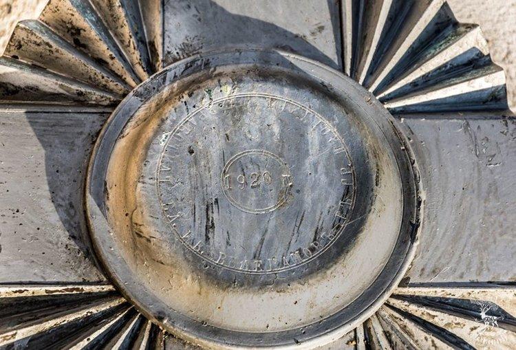 Поставиха реставрирания купол на камбанарията в Брягово