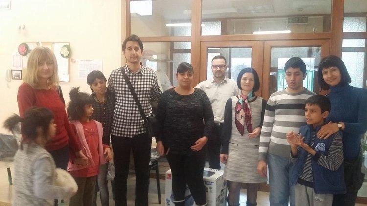 """Дарение на стойност 1 000 лв. получи Центърът за настаняване от семеен тип """"Дъга"""" в квартал Черноконево"""