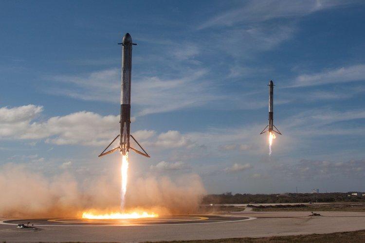 SpaceX потвърди, че централният ускорител е загубен