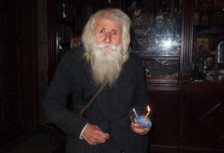 Светецът от Байлово Дядо Добри почина на 103 г.