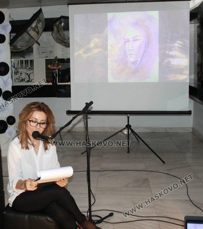 Млади и талантливи дами твориха музика и поезия за 8 март