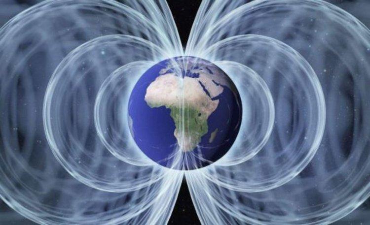 Мистериозна аномалия под Африка радикално отслабва магнитното поле на Земята