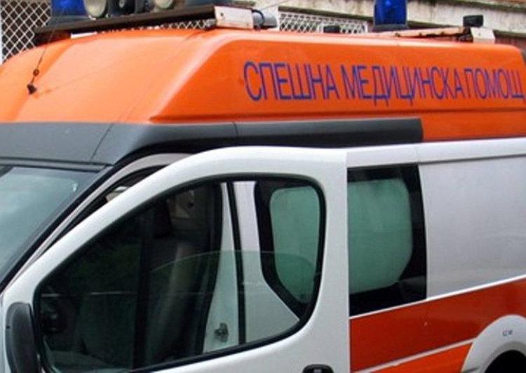 Мъж е в болница след катастрофа в Асеновград