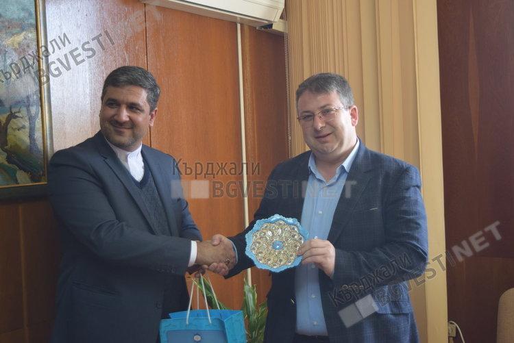 Ирански дипломат на визита в Кърджали, обсъждат се културни контакти