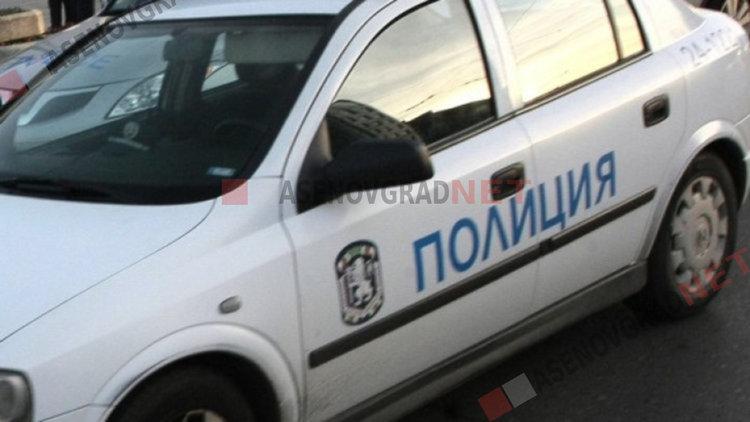 Кукленец зад волана нацели крайпътна стена насред Пловдив
