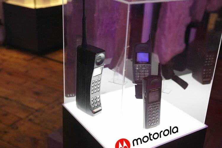Мобилният телефон като на шега празнува 45 години