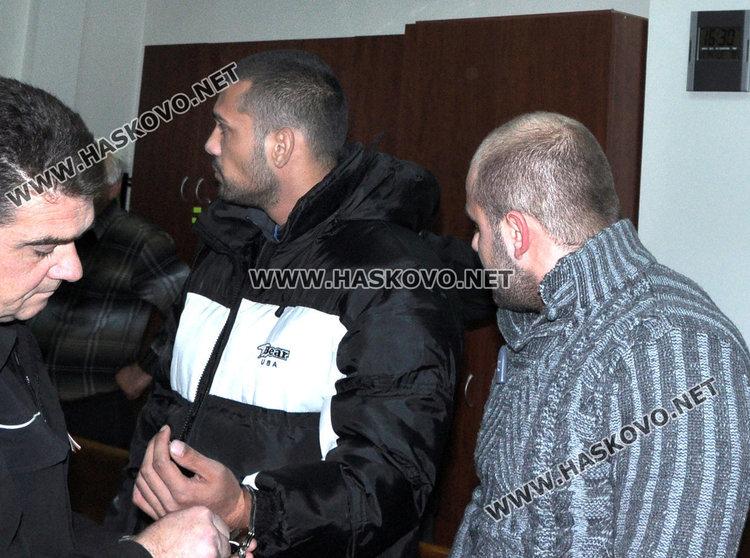 Пробация и условна присъда за гардовете, пребили клиенти в бар в Хасково
