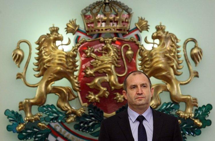 Радев потвърди, че му предстои посещение в Москва