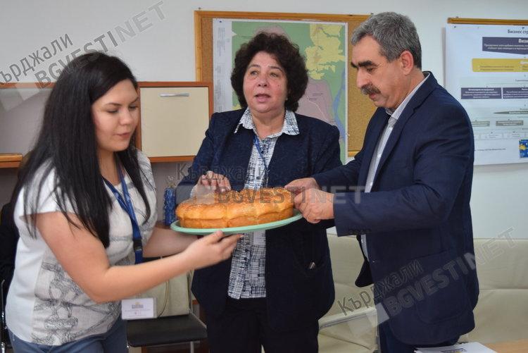 """Трети годишен рамков договор за инвестиции подписаха Община Крумовград и """"Дънди прешъс металс"""", стойността му е половин милион лева"""