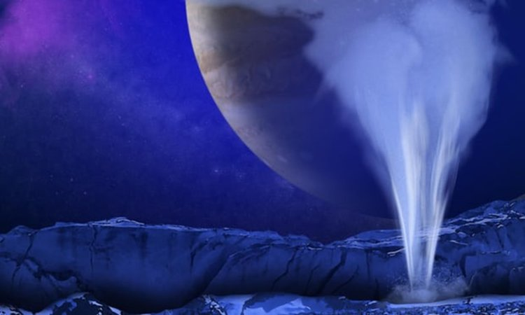 Откриха водни гейзери на Европа, възможно е в тях да има извънземен живот