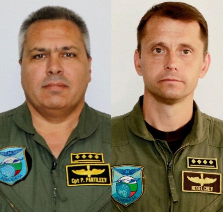 МО разпространи снимки на загиналите пилоти от катастрофата с хеликоптер Ми-17