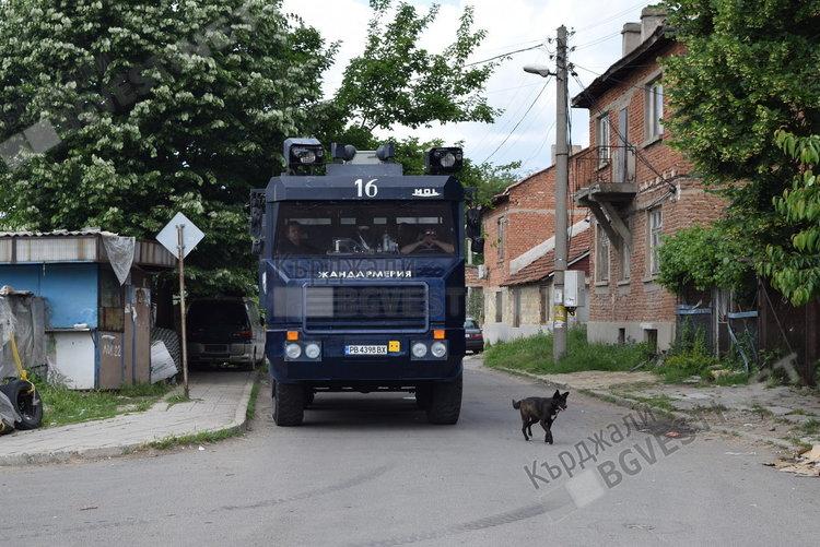 Масов бой до Калинка, жандармерия идва на помощ на полицията