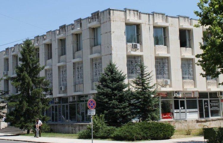 Шофьори на тежкотоварни автомобили и машинисти търси бюрото по труда в Димитровград