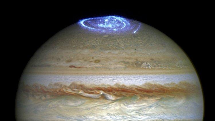 Полярното сияние на Юпитер. Сн.: NASA