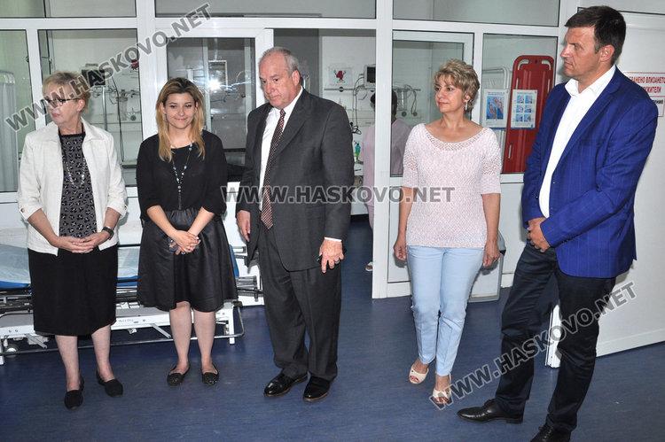 Мормони от Тексас дариха апаратура за 15 бона на хасковската болница