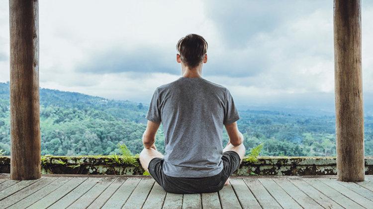 Изследователи от Йейл: Дори 10-минутна медитация подобрява резултатите на тестовете