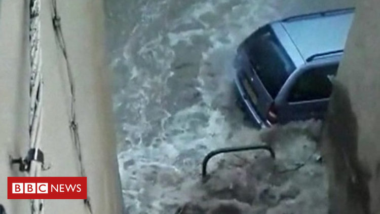 Tежки наводнения във Франция - 1600 евакуирани спешно