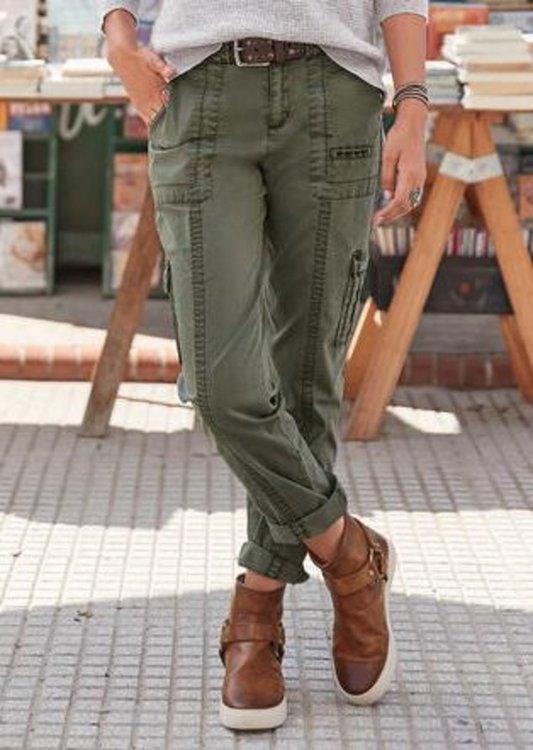 Реално грозни панталони се връщат на мода