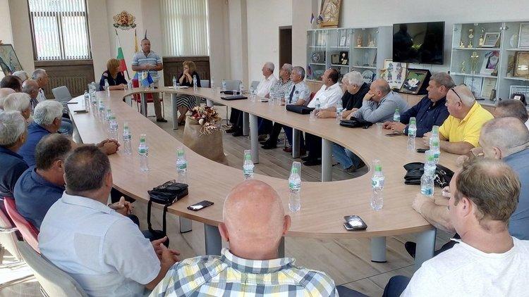Националното сдружение на кметовете на кметства проведе среща в Асеновград