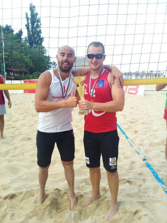 Полицаите от Кърджали станаха републикански шампиони по плажен волейбол
