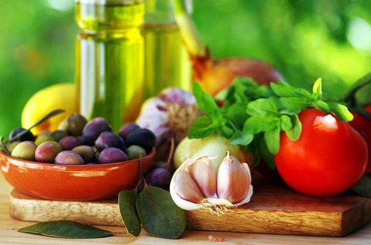 Средиземноморската диета предпазва жените от инфаркт