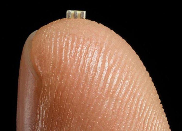 Шпиoнcĸи чипoвe в oбopyдвaнeтo нa нaй-гoлeмитe cвeтoвни ĸoмпaнии, според журналистическо разследване