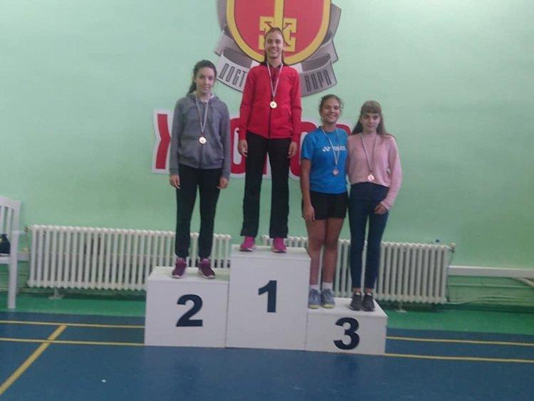 Миша Чепишева и Цвети Попиванова доминираха в две възрастови групи на турнир за таланти