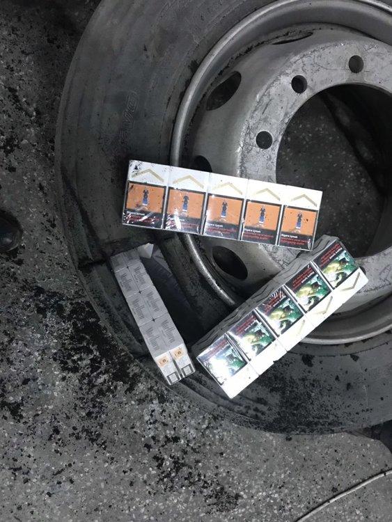 Цигари от гуми извадиха митничарите на Капитан Андреево