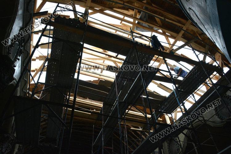 """Църквата """"Св.Богородица"""" чака съгласуване за ремонта, като паметник на културата"""