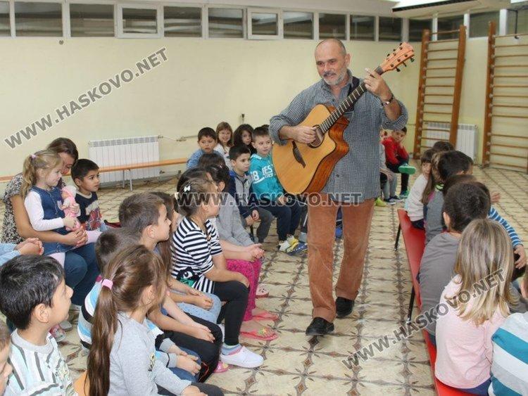 """""""В приказния свят на джаза"""" ще отведат детските градини в Димитровград"""