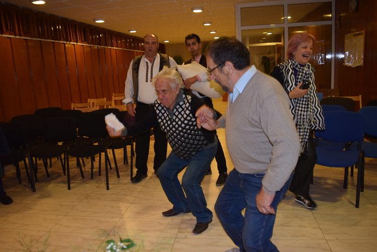Тодор Мухтаров чукна деветдесет, почете го Кърджали и кмета