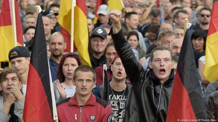 Германия: омразата към чужденците и мюсюлманите расте