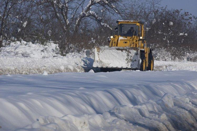 44 снегорина са в готовност за зимното снегопочистване в Кърджали