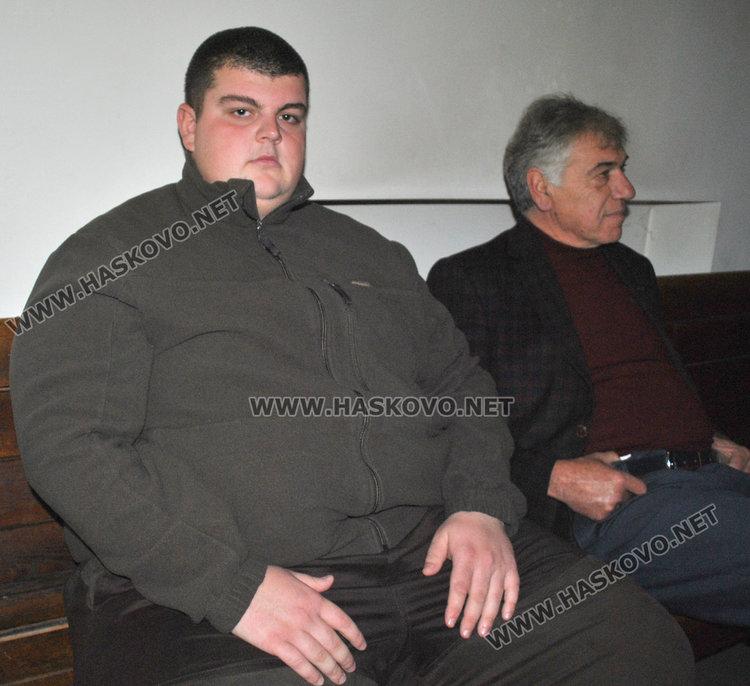 Горският стражар Марио Марчев и адвокатът му Димо Стоянов