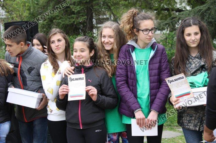 """Библиотека за тийнейджъри правят по проекта """"Димитровград на младите"""""""