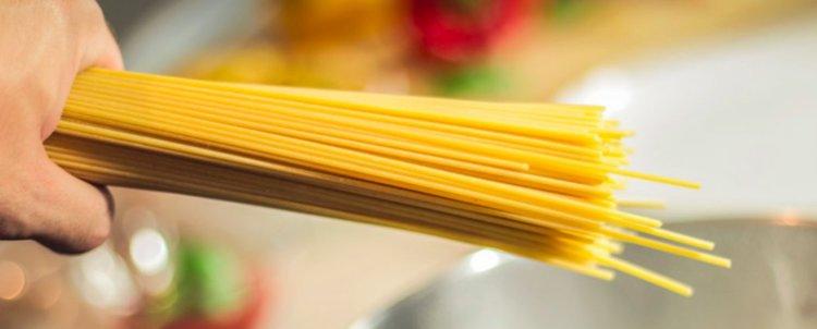 Как да счупиш спагета на две? Проблемът тормози математици с години