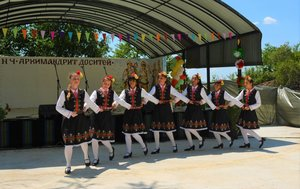 От 5 до 90 -годишни на фестивала на сусама в Доситеево