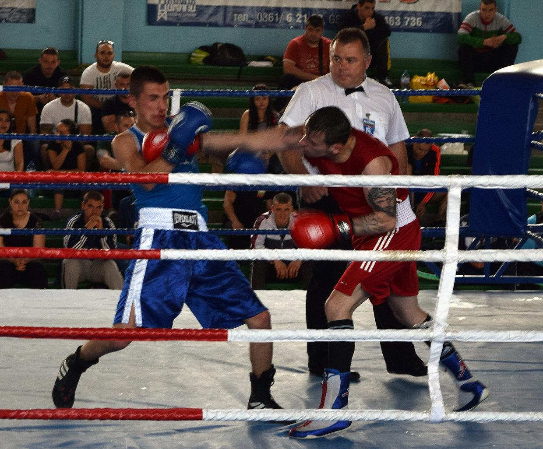 той бокс игра