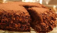 Шоколадова торта с картофено брашно