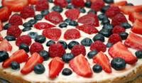 Плодова торта с кисело мляко