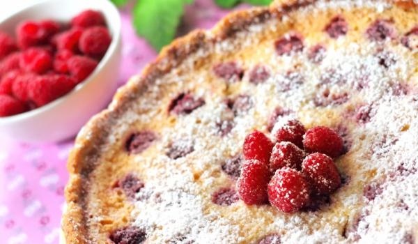 Беларуски пирог с извара и малини