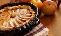 Руски пирог с извара и ябълки