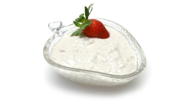 Сладолед от ягоди с кисело мляко