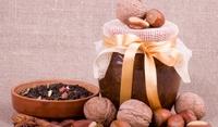 Сладко от зелени орехи