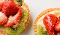 Орехови кошнички с плодове