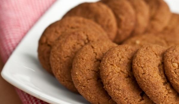 Фъстъчени бисквитки с овесено брашно