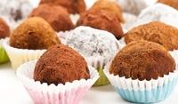 Шоколадови бонбони с ликьор Амарето