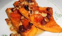 Печена тиква с мед и орехи
