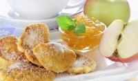 Сладки карамелизирани ябълки