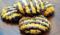 Кокосови бисквити с шоколад